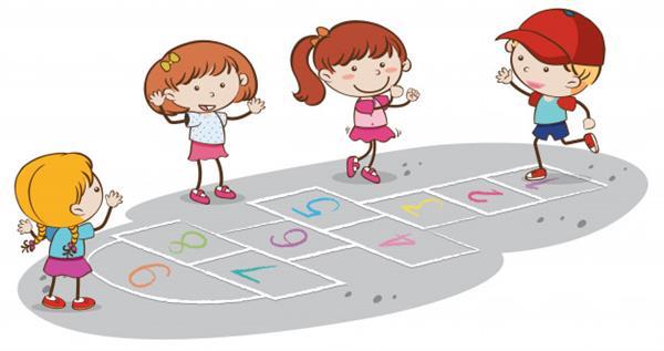 criancas-brincando-de-amarelinha