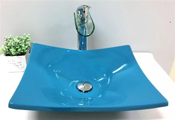 banheiro azul turquesa